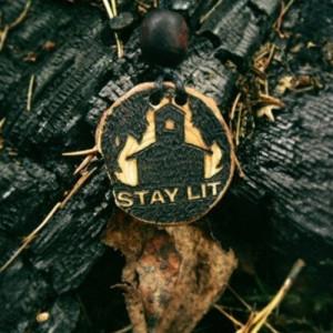 Stay lit амулет