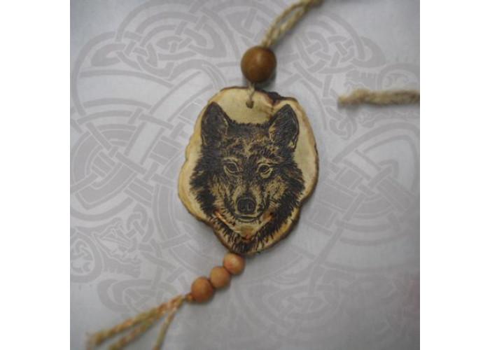 Волк амулет