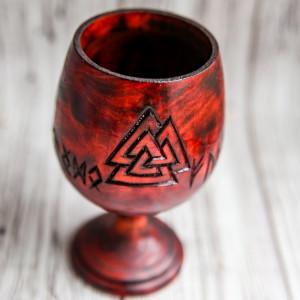 Кубок алтарный рунический с Валькнутом