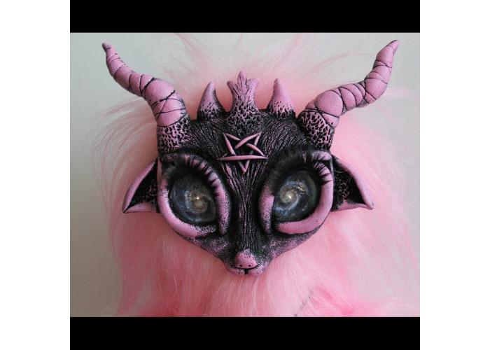 Лилит кукла-демон