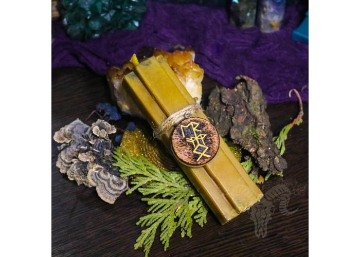 Ореол Успеха свеча-ритуал с амулетом для привлечения состоятельных клиентов
