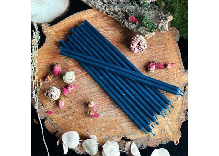 Синие тонкие свечи восковые