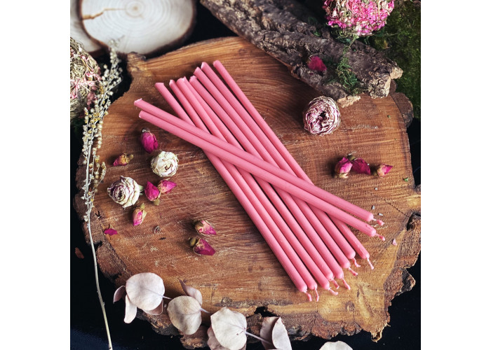Розовые тонкие свечи восковые