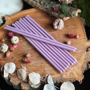 Фиолетовые тонкие свечи восковые светлые