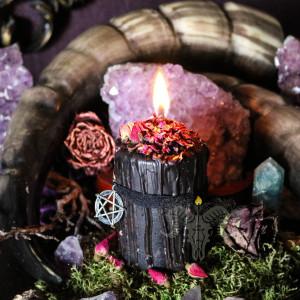 Пентаграмма свеча алтарная с розой, мелиссой и эфирными маслами