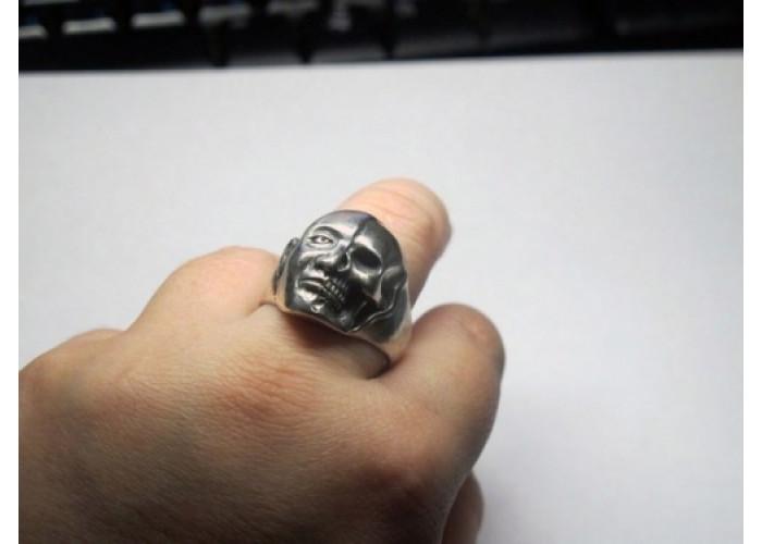 Бренность бытия кольцо