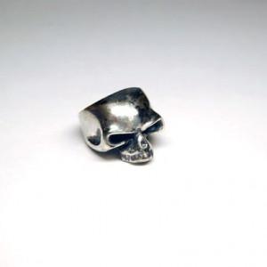 Череп перстень